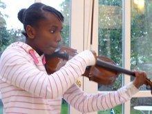 Mahalia-violin-thumb